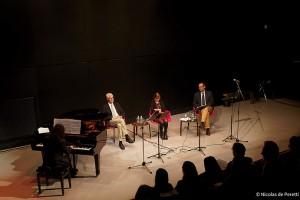 Musik: LES PREMIERS RAYONS DE SOLEIL DANS UN CIEL NUAGEUX de Carlos Hernan Gonzalez